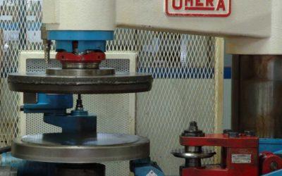 Rifinitura, bordatura, zincatura… breve guida alle varie lavorazioni del metallo
